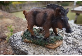 8009 B FIGURINE STATUETTE SANGLIER MARCASSIN FORET ANIMAL