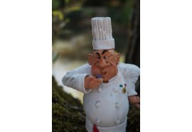 01412012 FIGURINE METIER CARICATURE CHEF  CUISINIER    COLLECTION LES  ALPES