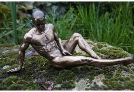 708.5076 FIGURINE STATUETTE HOMME NU MASCULIN POSE SEXY LGBT  GAY  STYLE  BRONZE