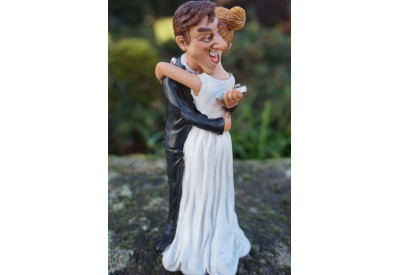825.2002 FIGURINE CARICATURE MARIAGE COUPLE  MARIEE  PORTABLE  COLLECTION HUMOUR