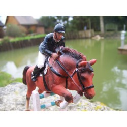 NA0616 FIGURINE STATUETTE EQUITATION P M U CHEVAL JOCKET ANIMAL