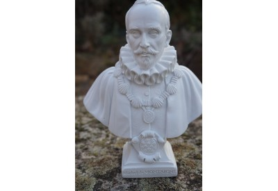 RE0431 FIGURINE STATUETTE REPRODUCTION MICHEL DE MONTAIGNE SERIE  ECRIVAIN
