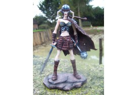 14902 FIGURINE STATUETTE medieval GUERRIERE VALKYRIE HEROIC FANTASY 50%