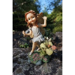 47176     FIGURINE  FEE ELFE   FILLE   HEROIC  FANTASY  50%